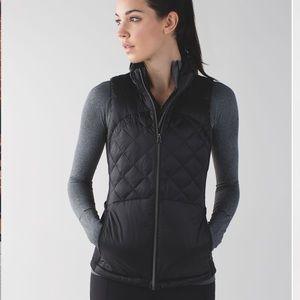 Lululemon Down for a Run Vest, black, size 6
